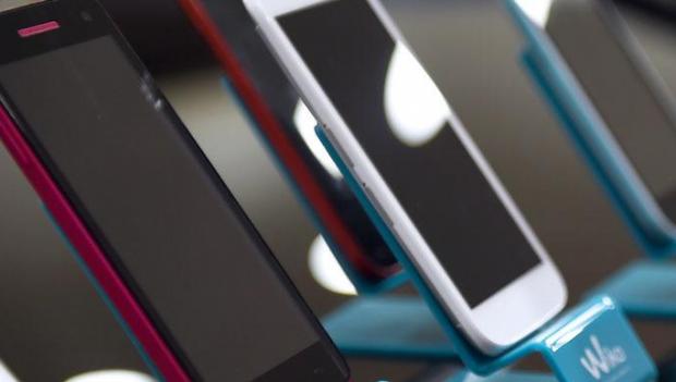 Aparitia smartphone-urilor cu ecran tactil