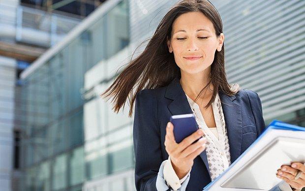De-ce-sa-folosesti-aplicatiile-mobile-chiar-si-in-afaceri