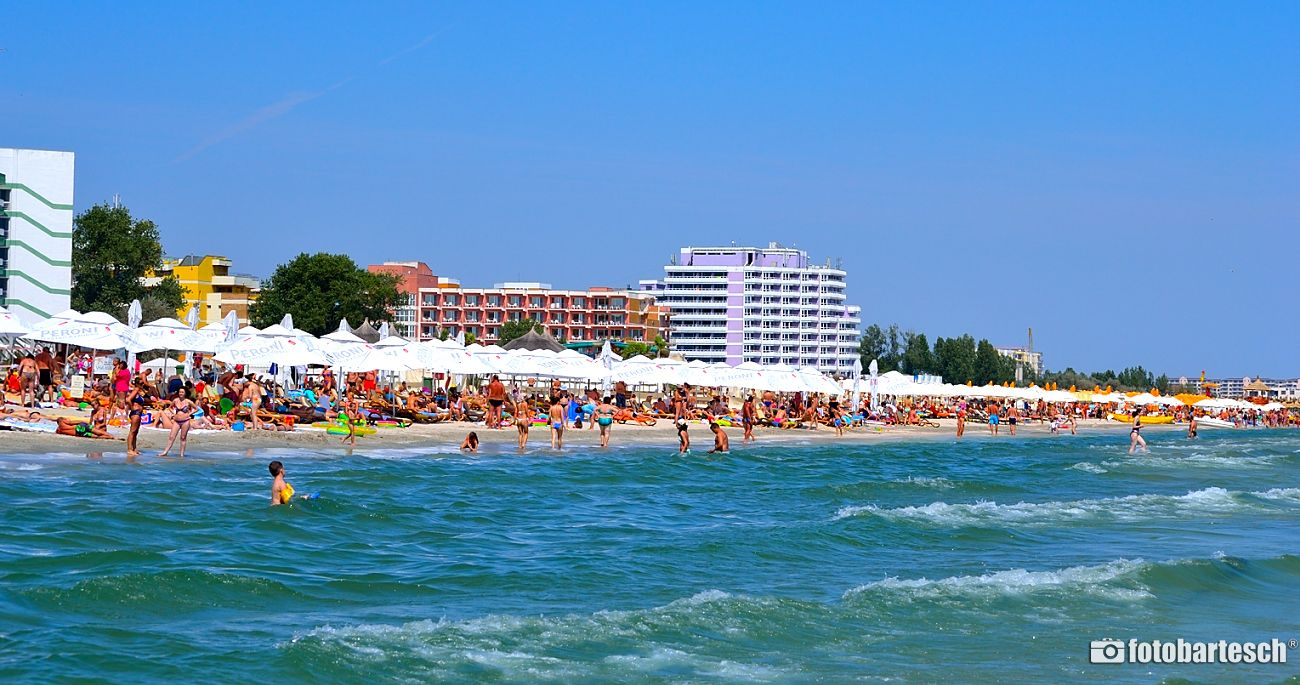 Why choosing Mamaia for a vacation?