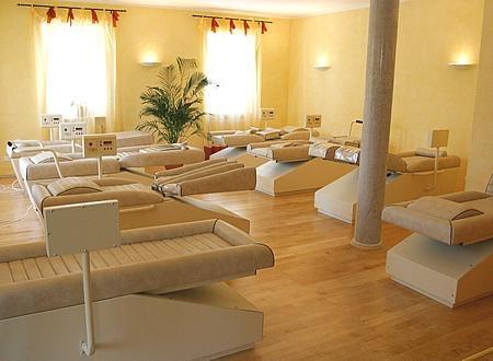 Introducere in echiparea si pregatirea unui salon de remodelare corporala