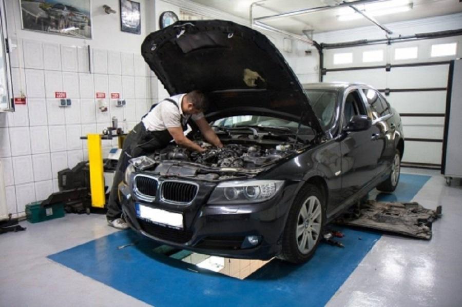 Cum alegi un service pentru masina ta BMW?